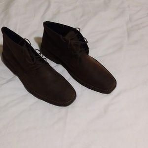 Johnston and Murphy chukka boots